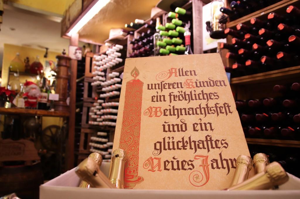 Jörg's Weinshop wünscht Fröhliche Weihnachten!